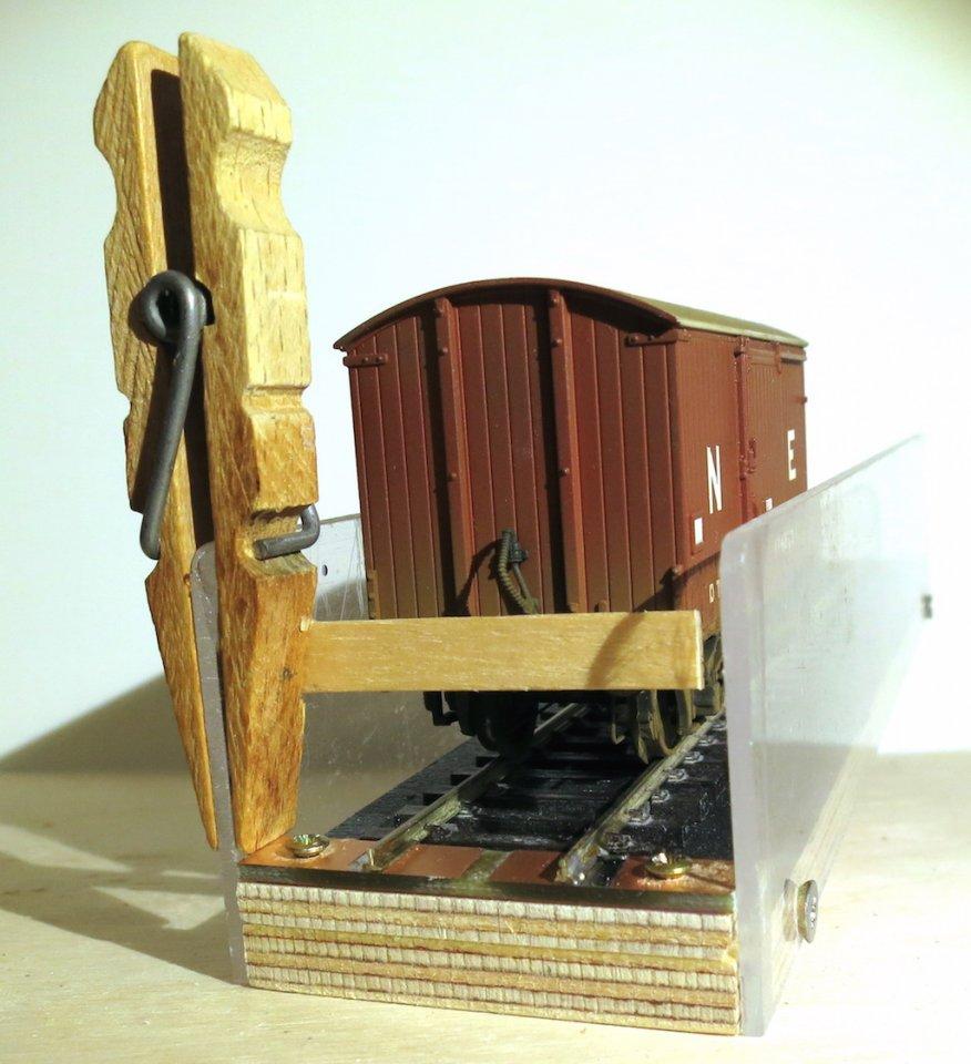Clothes peg cassette block Mk1 04 - demo - reduced for forum.JPG