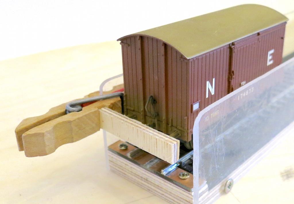 Clothes peg cassette block Mk2 01 - demo - reduced for forum.JPG